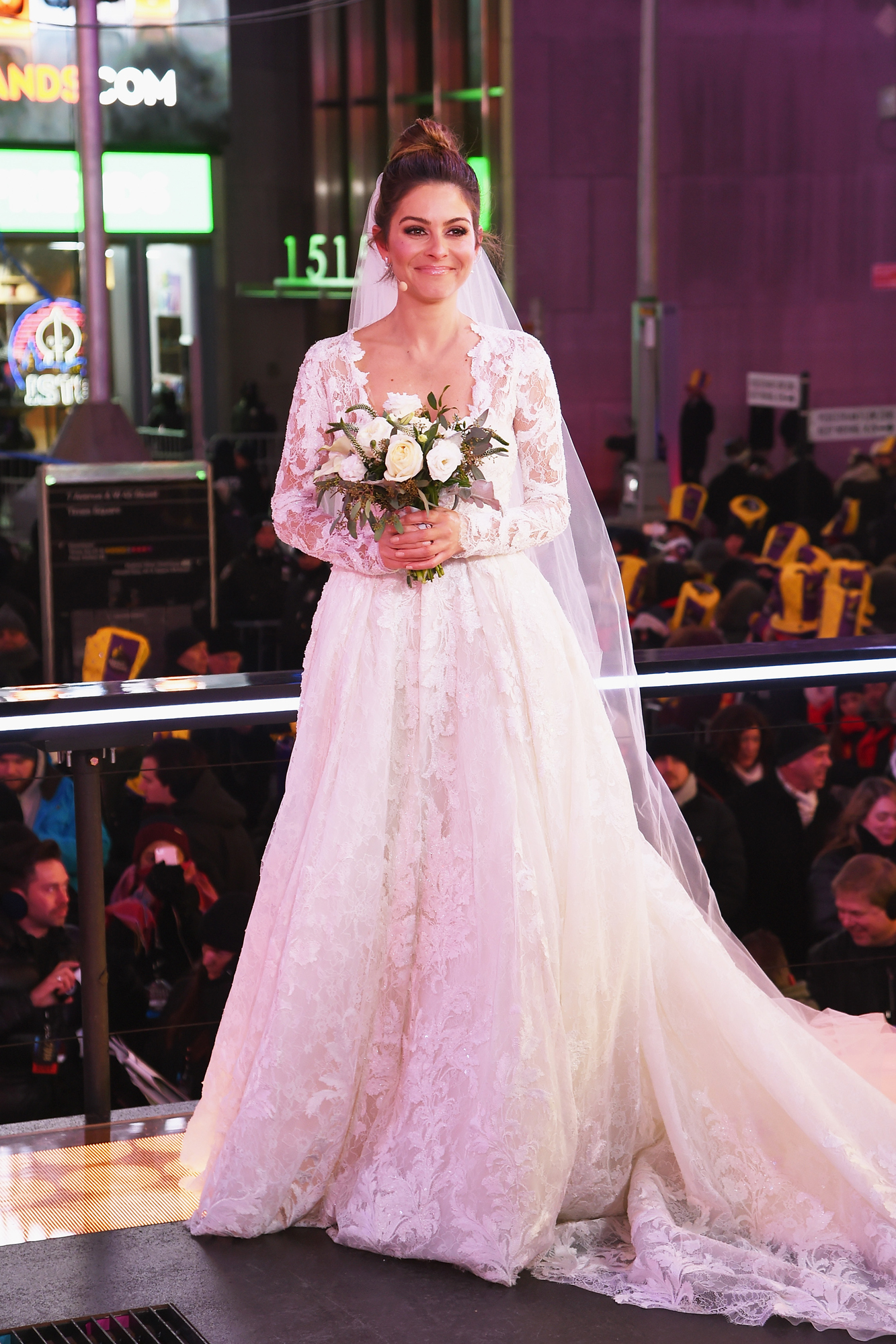 Maria Menounos on Her New Year\'s Eve Wedding Dress: \'It Took My ...