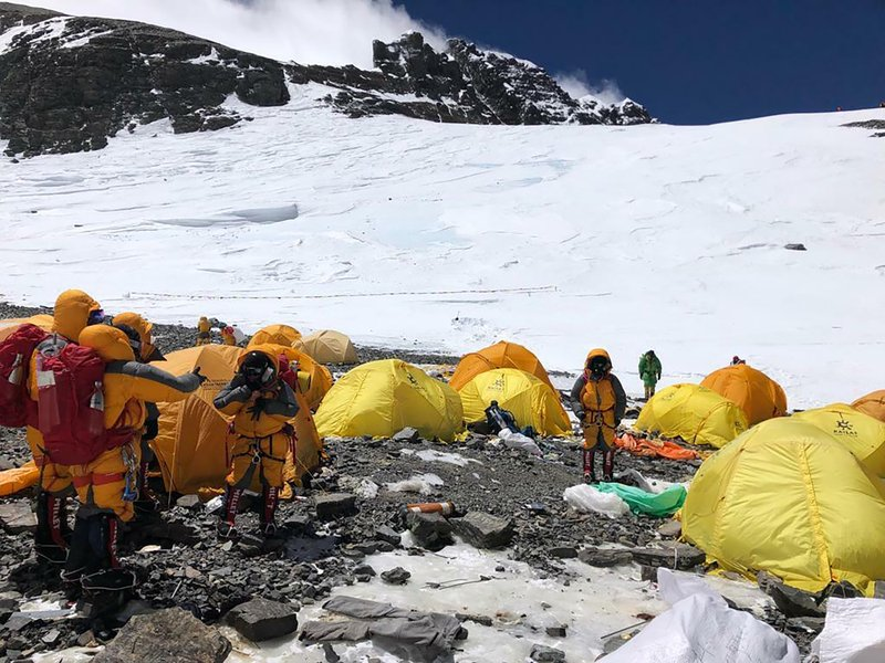 Abandoned tents, human waste piling up on Mount Everest ...